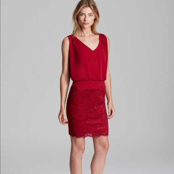 Laundry By Shelli Segal Dresses & Skirts - New laundry jersey blouson red lace dress 4p